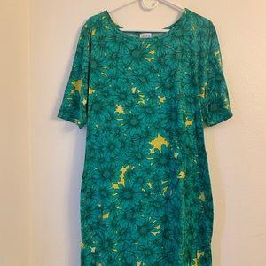 LuLaRoe Dresses - 3XL Floral Lularoe Julia EUC